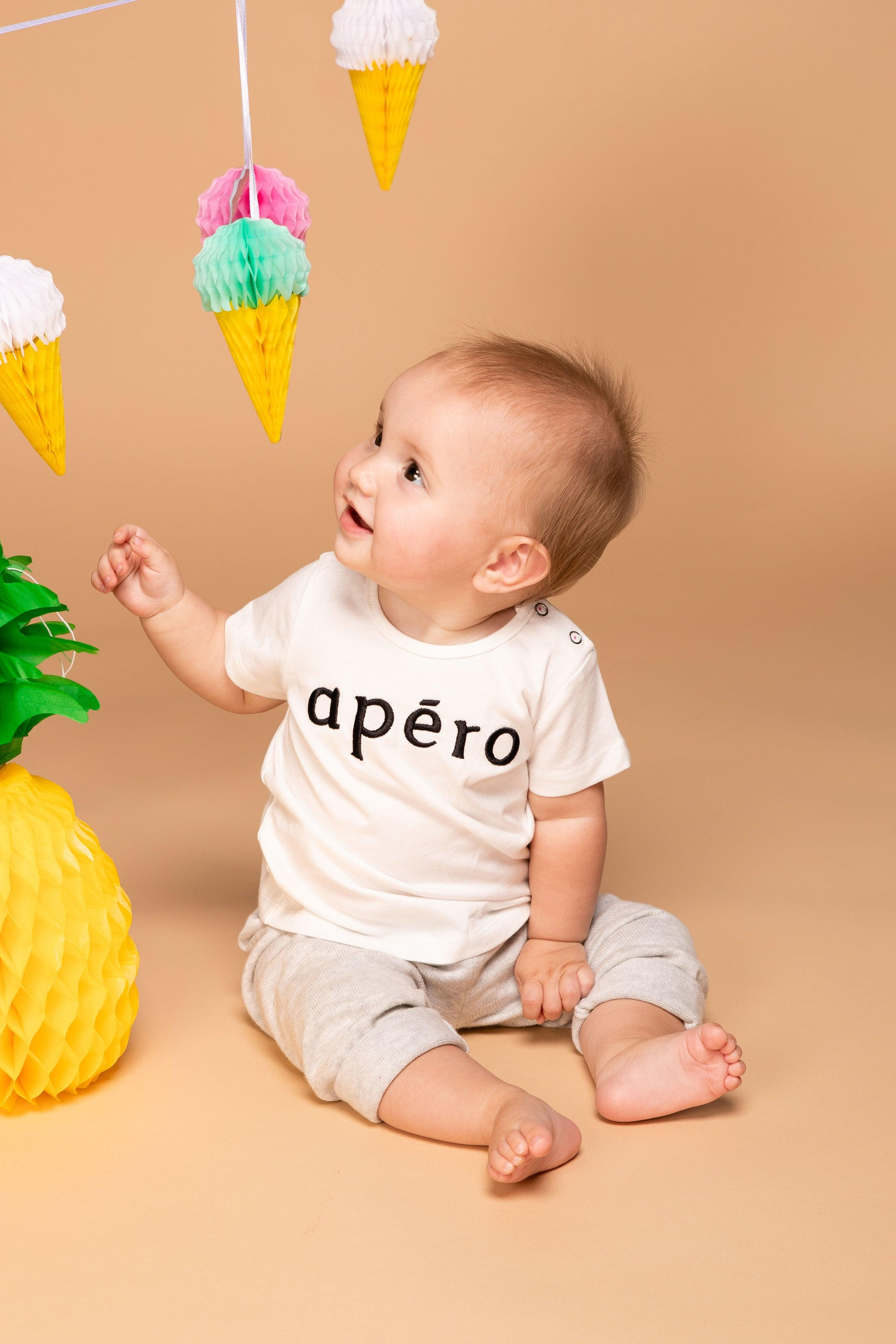 Little Apéro Embroidered Tee - Off White / Black