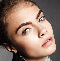 Cara bold brows maison saine