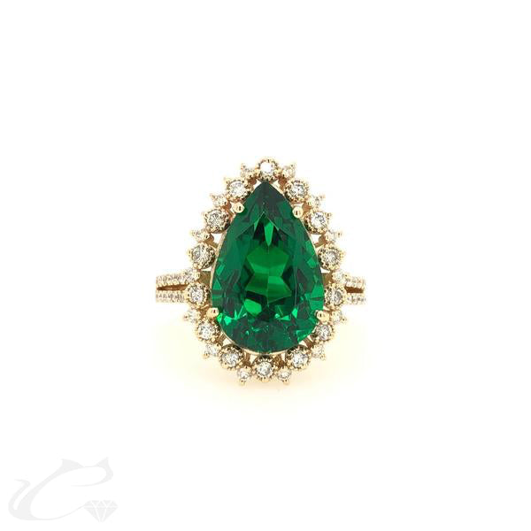 Green Garnet Diamond Ring