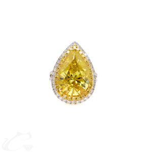Majestic Canary Pear Diamond Ring