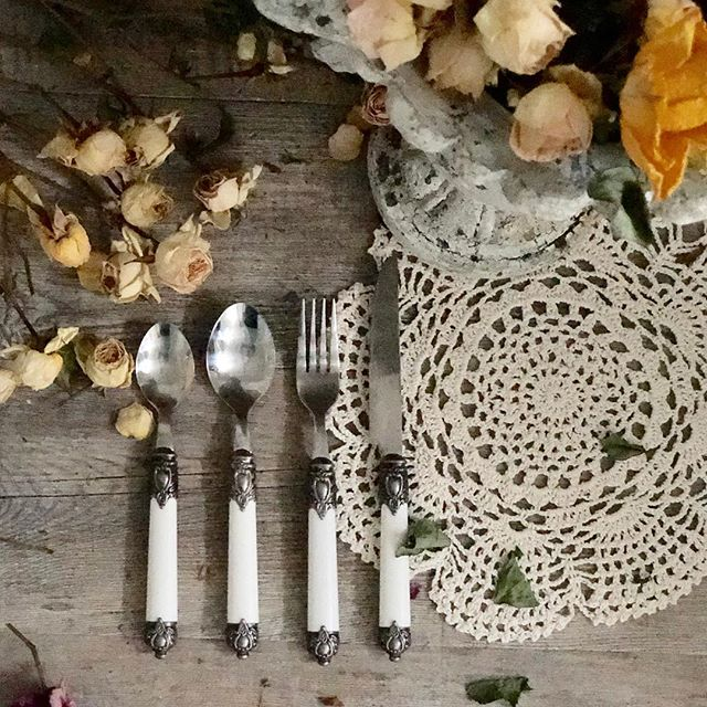 Crown 16pc Cutlery Set