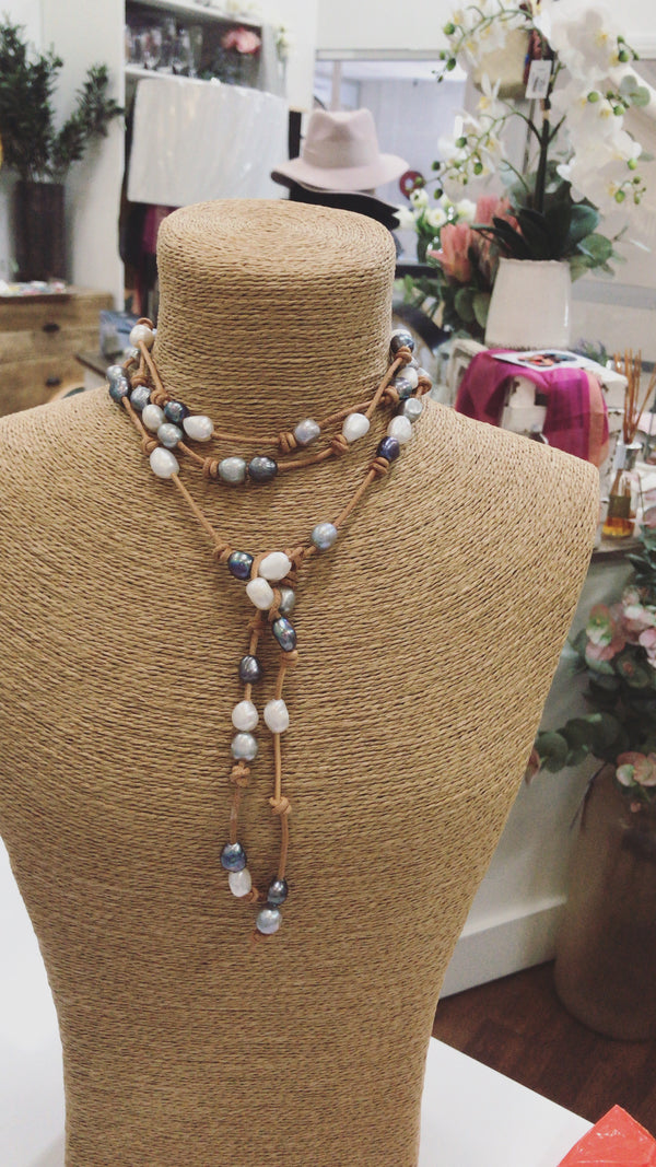 Harriet Lariat Pearl Necklace
