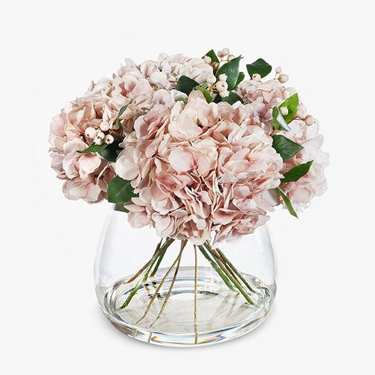 Hydrangea Soft Pink Mix in Vase