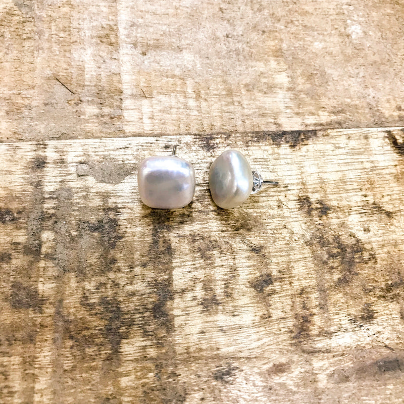 Jane Square Pearl Stud