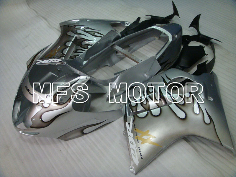 Injeksjon ABS Fairing For Honda CBR1100XX 1996-2007 - Flamme - Sølv - MFS3250 - Shopping og engros