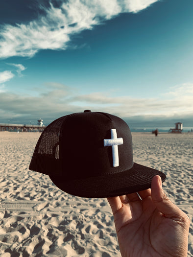 Cross black trucker hat