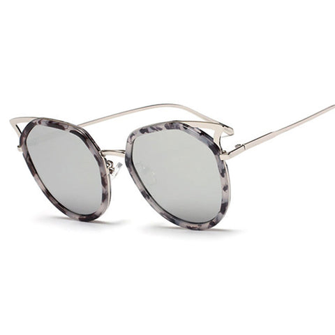 "Retro ""Cat Eye"" Sunglasses"
