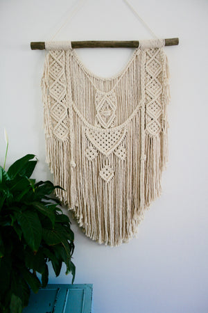 Lily - Custom made Macramé Wall Hanger