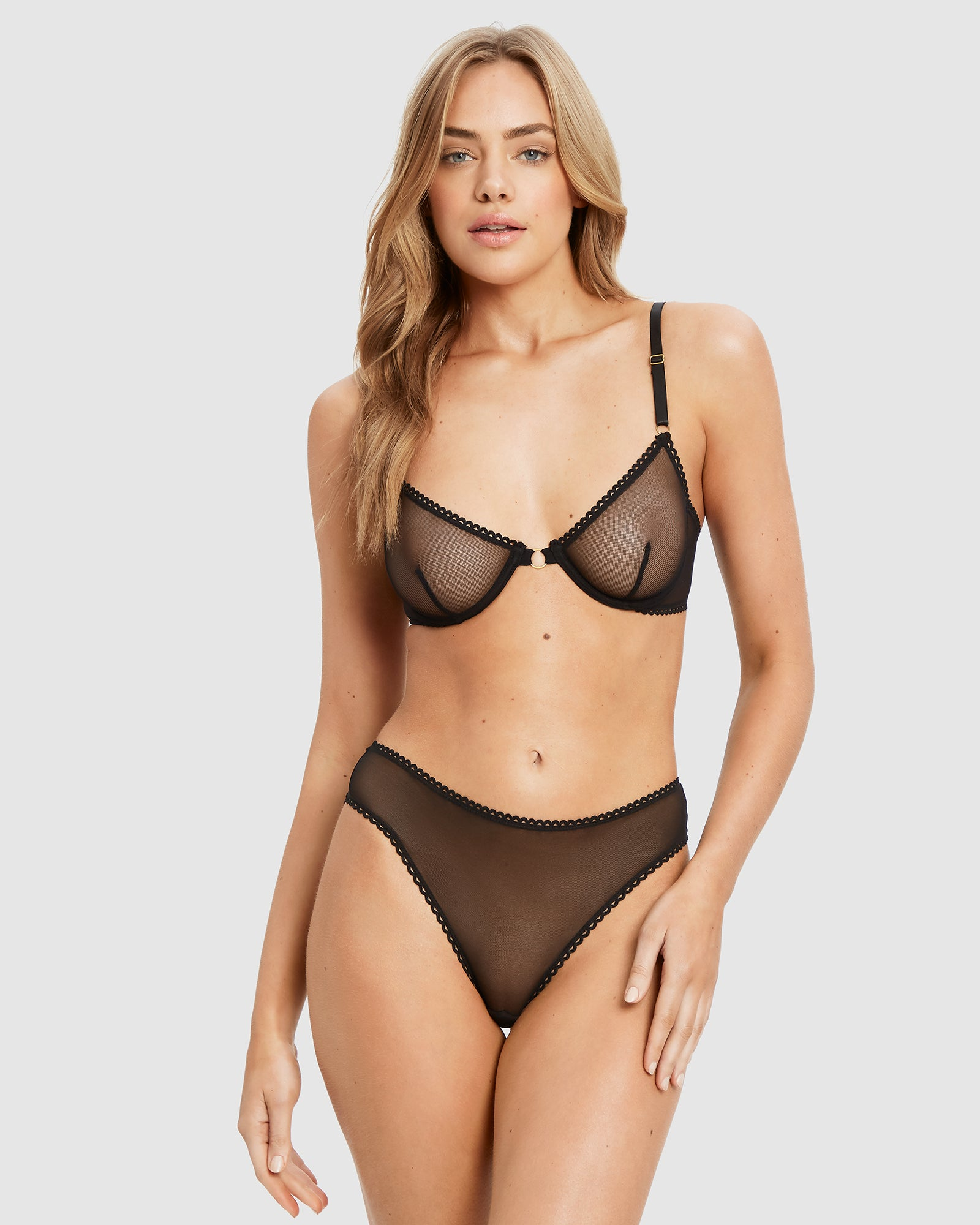 Lover underwire bra and brief set