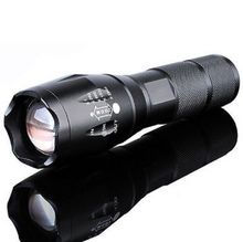 10000 Lumens Zoomable Tactical Military LED 18650 Flashlight