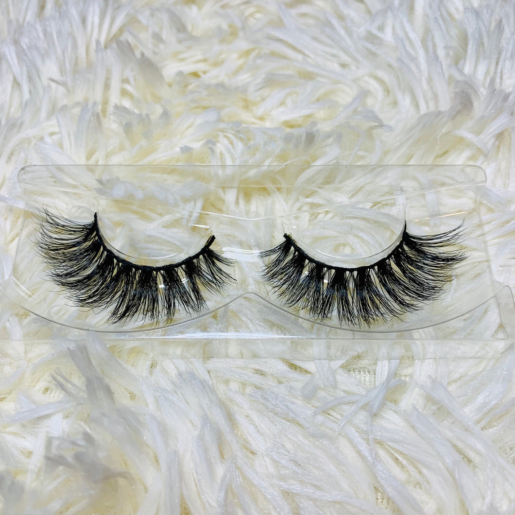 Queen Tings Mink Lashes