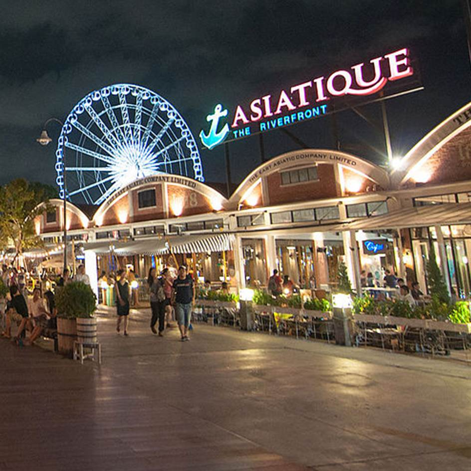 Enjoy travelling and drop by Krusell's event at Asiatique