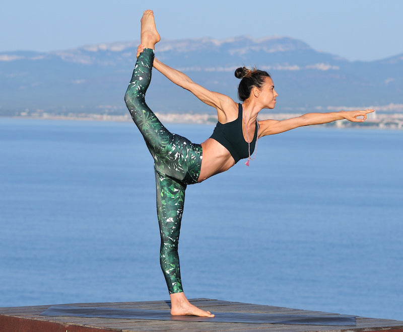 esteryoga-sustainable-sportswear-ethical-activewear-garmendo