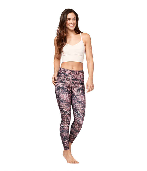 Garmendo-sustainable-sportswear-manduka-yoga-leggings