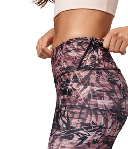Sustainable sportswear - ethical activewear - Manduka Floral Camo Leggings  - Garmendo
