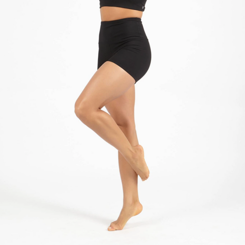 garmendo-sustainable-sportswear-ethical-activewear-dharma-bums-wonder-lux-short