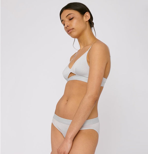 sustainable-sportswear-ethical-activewear-organic-basics-briefs
