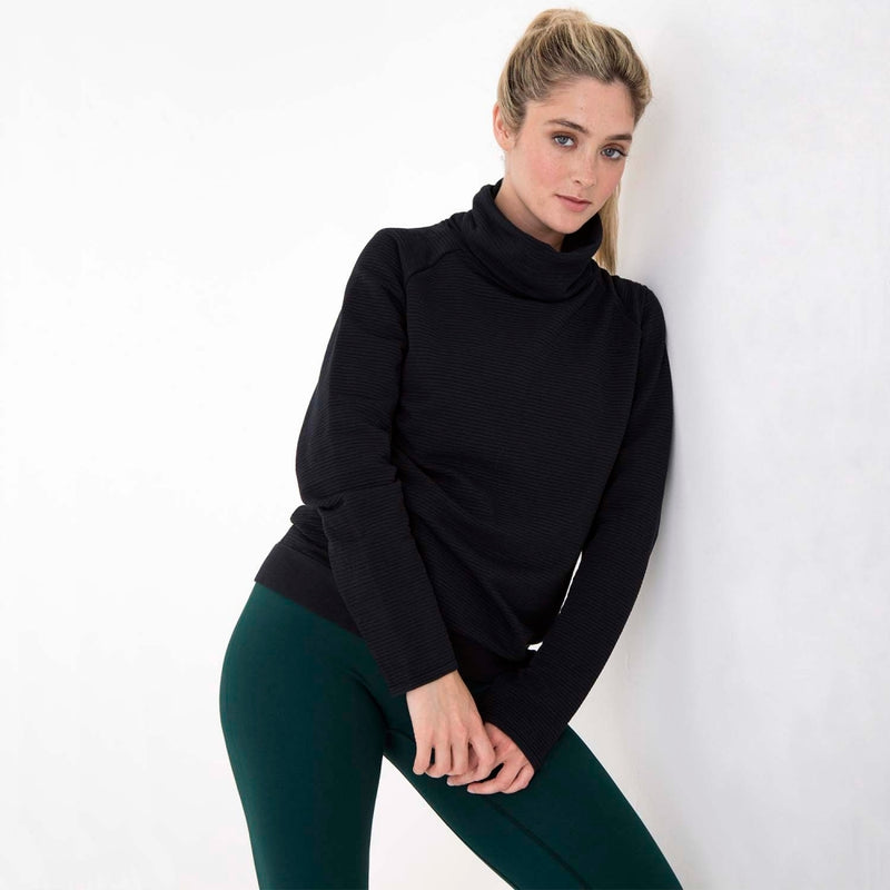 sustainable-sportswear-ethical-activewear-garmendo-jilla-active-modal-hoodie-black