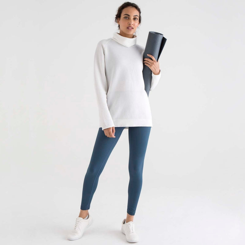 sustainable-sportswear-ethical-activewear-garmendo-jilla-active-modal-hoodie-white