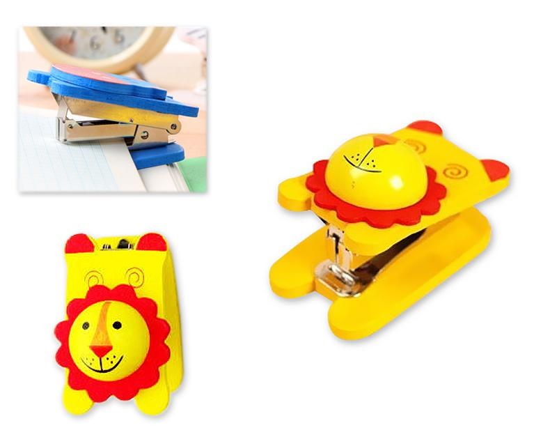Wooden Desktop Mini Stapler Office Book Sewer - Lion