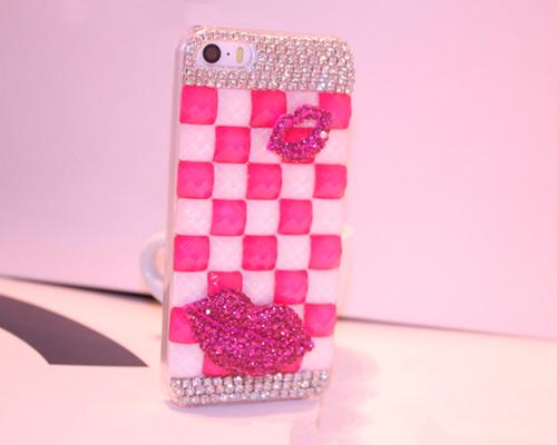 Luxury Diamond Series Bling iPhone 6 and 6S Crystal Case - Magenta Lips
