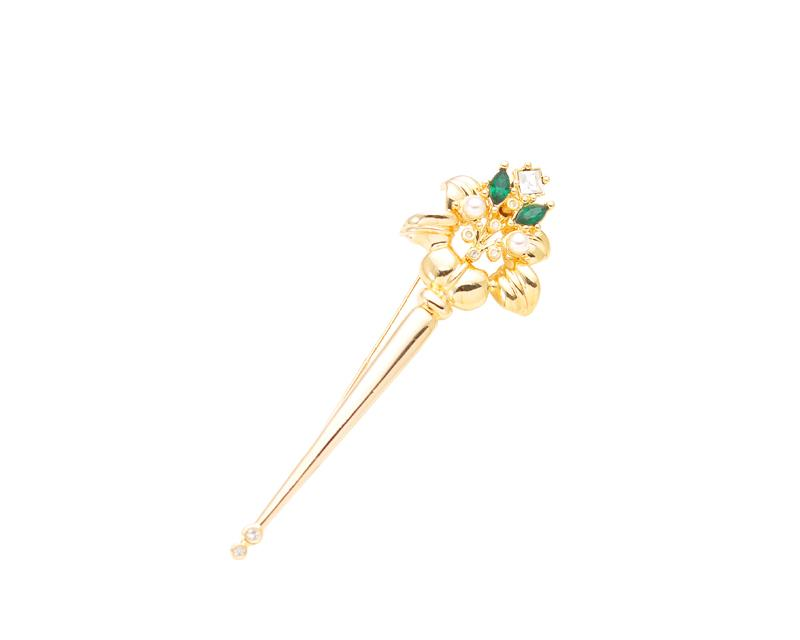 Scepter Note Brooch Pin
