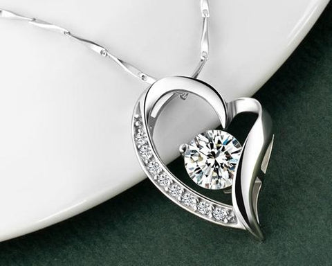 Chic Heart 925 Sterling Silver Crystal Necklace
