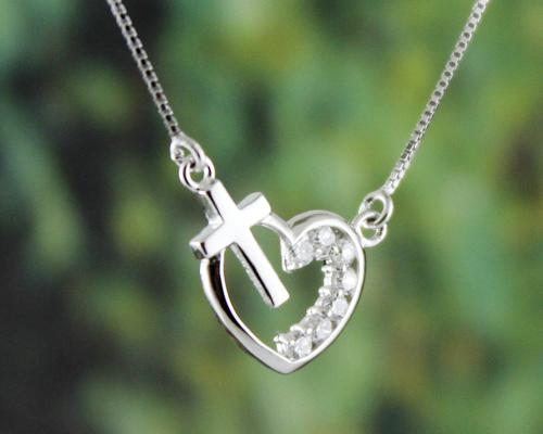 925 Sterling Silver Bling Crystal Heart Necklace