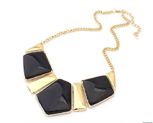 Elegant Geometric Polygon Resin Necklace - Black