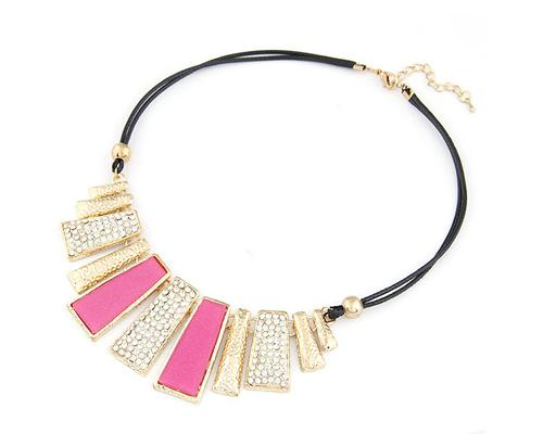 Stylish Glazed Rectangle Leather Necklace - Magenta