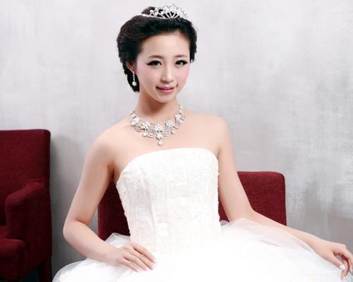 Wedding Bling Rhinestone Earrings and Crown and Necklace Jewelry Set