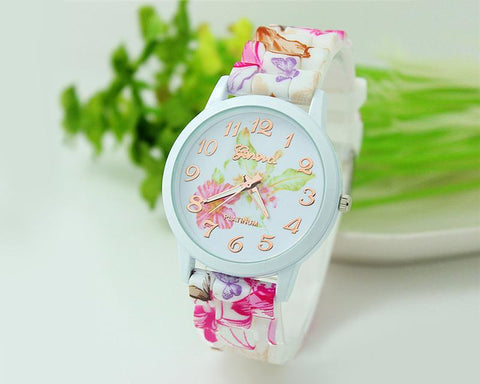 2 Pcs Geneva Nice Flower Silicone Analog Quartz Women Wrist Watches