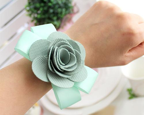 6 Pcs Flower Wedding Wrist Corsages - Blue