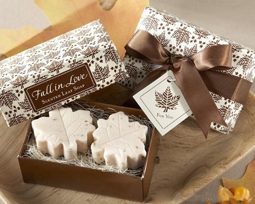Lovely Wedding Favor Gift Soap - Maple Leaf