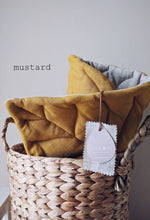 Mustard Leaf Playmat