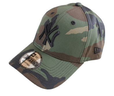 NEW ERA 9FORTY ADJUSTABLE BASEBALL CAP. LEAGUE ESSENTIAL New York YANKEES. CAMO. From PeakNation.co.uk