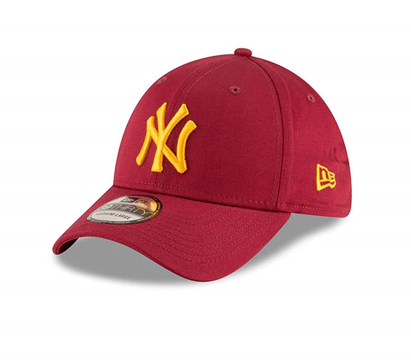 NEW ERA 39THIRTY FITTED BASEBALL CAP. NEW YORK YANKEES. CARDINAL RED. From PeakNation.co.uk