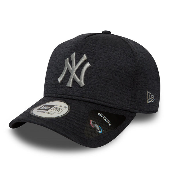 NEW ERA ADJUSTABLE A FRAME 9FORTY CAP. DRYSWITCH JERSEY NEW YORK YANKEES.