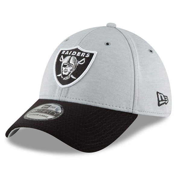 NEW ERA 39THIRTY FITTED CAP. ON FIELD SIDELINE OAKLAND RAIDERS
