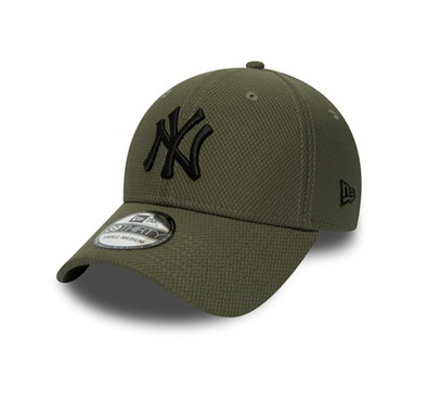 NEW ERA 39THIRTY FITTED BASEBALL CAP. DIAMOND ERA NEW YORK YANKEES. OLIVE/BLACK. From PeakNation.co.uk