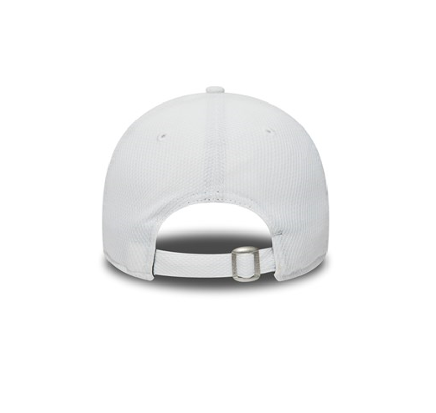 f092fd132f4 NEW ERA 9FORTY STRAPBACK CAP. DIAMOND ERA LOS ANGELES DODGERS. WHITE BLACK
