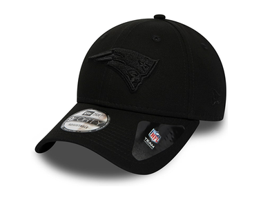 NEW ERA - NEW ENGLAND PATRIOTS BLACK ON BLACK 9FORTY SNAPBACK from peaknation.co.uk