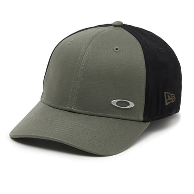 OAKLEY/NEW ERA 39THIRTY FITTED CAP. 'TINFOIL' DARK BRUSH from peaknation.co.uk