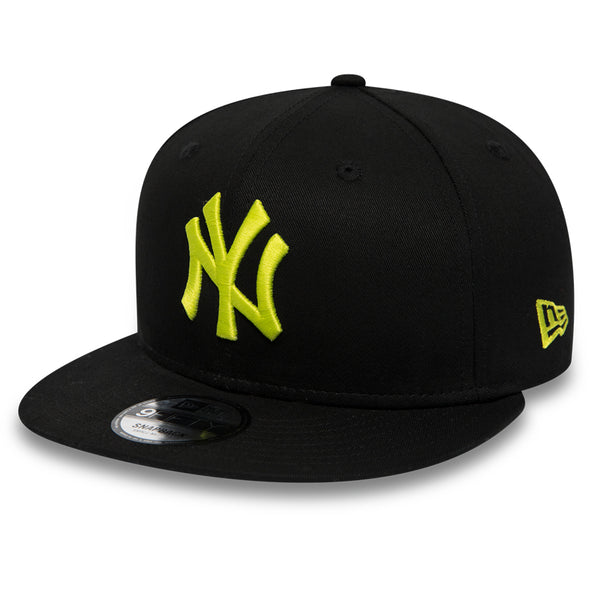 NEW ERA 9FIFTY SNAPBACK. LEAGUE ESSENTIAL NEW YORK YANKEES. BLACK/CYBER GREEN from peaknation.co.uk