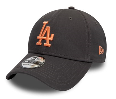 NEW ERA LEAGUE ESSENTIAL 39THIRTY. LOS ANGELES DODGERS. GRAPHITE/PEACH from peaknation.co.uk