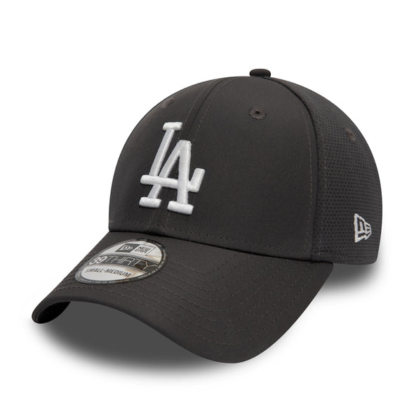 NEW ERA FEATHERWEIGHT 39THIRTY FITTED CAP. LOS ANGELES DODGERS. GRAPHITE from peaknation.co.uk