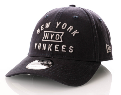 NEW ERA 9FORTY CAP. VINTAGE TEAM FRONT. New York Yankees from peaknation.co.uk