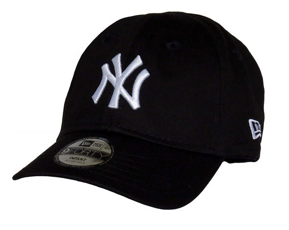 NEW ERA MY FIRST 9FORTY CAP. INFANT/BABY. NEW YORK YANKEES. BLACK/WHITE
