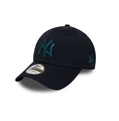 NEW ERA SEASONAL COLOUR 39THIRTY FITTED CAP. NEW YORK YANKEES. NAVY from peaknation.co.uk