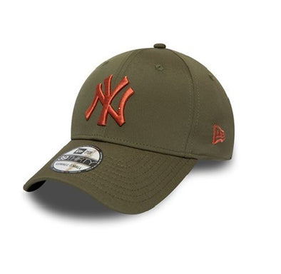 NEW ERA SEASONAL COLOUR 39THIRTY FITTED CAP. NEW YORK YANKEES. GREEN from peaknation.co.uk